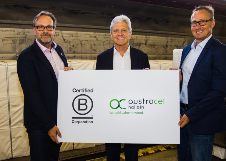 Jörg Harbring (CEO AustroCel Hallein), Patrick Verschelde (Chair of AustroCel Hallein), Christian Spark (Head of Purchasing and Logistics AustroCel Hallein)