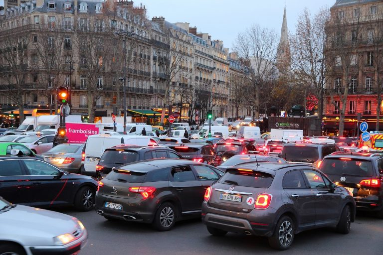 Traffic jams in the middle of Paris